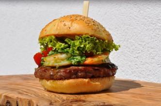 Surf-and-Turf-Burger-03